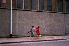 Guy Bourdin, Vogue Paris 1975, Chloé collection automne-hiver 1975 ©The Guy Bourdin Estate, 2017 / Courtesy A + C