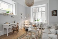 Light neutral kids bedroom