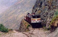 Estrada  de ferro no Equador