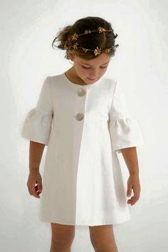 Ideas fashion kids dress jackets for 2019 Fashion Kids, Little Girl Fashion, Modern Fashion, Vintage Fashion, Women's Fashion, Little Girl Dresses, Girls Dresses, Baby Dress, Baby Skirt