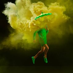 Colorful Smoky Series  In the exalted imagination of Tim Tadder two totally different elements met: smoke like on battlefields and vintage umbrellas. The spectacular poses stress a bit more the wacky atmosphere of this photo shoot. Bella Umbrella is a mysterious aesthetic experiment.         #xemtvhay