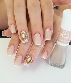 Nail beauty is one of the sine qua non for women. Therefore, different nail designs designed for you Bridal Nails, Wedding Nails, Different Nail Designs, Diva Nails, Luxury Nails, Stylish Nails, Perfect Nails, Nail Arts, Christmas Nails