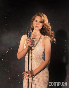 Costin M.: Lana Del Rey Aint No Sunshine