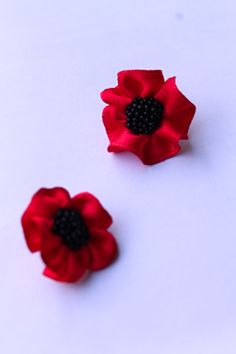 Poppy; handmade earrings