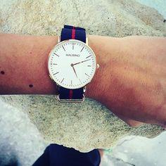 Limited Time Offer: Buy a watch online at onemaurino.com and get a watch strap for free  @evarinia in her favorite - Baylor.  Nur für kurze Zeit: Beim Kauf einer Uhr auf onemaurino.de erhältst du einen gratis Strap #mymaurino #specialoffer