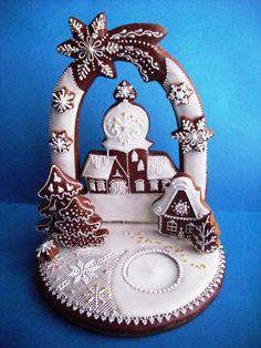 Svícen II   Perníky Fancy Cookies, Vintage Cookies, Holiday Cookies, Christmas Gingerbread House, Gingerbread Cookies, Gingerbread Houses, Christmas Desserts, Christmas Treats, Cookie Decorating