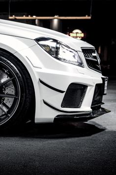 C63 Black Series [Credit: Marcel]....now that looks masculine.