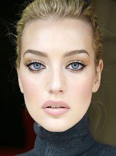 nude, natural makeup