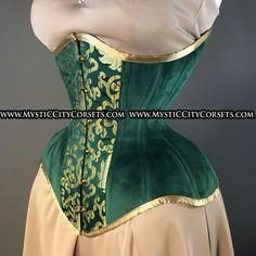 Long Line Long Torso Green Velvet Underbust corset Green Lingerie, Vintage Lingerie, Lace Lingerie, Gothic Corset, Victorian Gothic, Gothic Lolita, Corset Costumes, Burlesque Costumes, Pencil Skirt Outfits