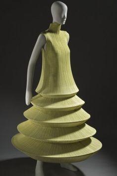 Issey Miyake, Minaret (Lantern-Shaped Dress), 1995, Los Angeles County Museum of Art, Los Angeles