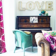 For Your Inspiration Board:  15 Ideas for Decorating with Typography