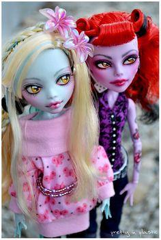 Loona + Marilyn by *prettyinplastic on deviantART