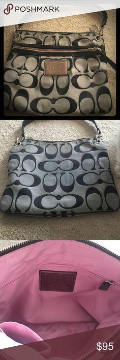 Authentic Coach purse Authentic Coach purse Coach Bags Shoulder Bags