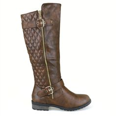 Captivate the fall by wearing these tall quilted detail boots.These faux leather babies include a gold side zipper,round toe and adjustable gold buckled straps. Shoe off your fine fashion skills with