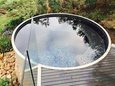 Amazing Above-ground swimming pool ideas of what above ground pools can do for your yard, showcasing the myriad shapes and styles available on a budget. Natural Swimming Pools, Above Ground Swimming Pools, Above Ground Pool, In Ground Pools, Oberirdische Pools, Cool Pools, Tank Pools, Small Backyard Pools, Small Pools