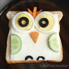 Little Food Junction: Zoo sandwiches. Owl sandwich- brown bread topped with cheese, egg slices, olive , carrot & cucumber. Cute Food, Good Food, Yummy Food, Food Art For Kids, Food Humor, Creative Food, Baby Food Recipes, Kids Meals, Healthy Snacks