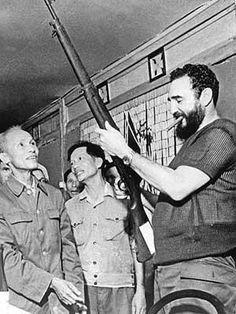 Fidel Castro. Visita al Sur de Viet Nam Paralelo 17.