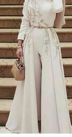 Muslim Fashion 342766221635234677 - Caftan pantalon Source by Modest Dresses, Stylish Dresses, Elegant Dresses, Pretty Dresses, Dresses For Hijab, Fashionable Outfits, Sleeve Dresses, Elegant Outfit, Casual Dresses