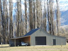 35 degree barn with great South Island NZ country backdrop - South Island New Zealand Picturesque location for a Customkit Barn - Country Recipes Central Otago, South Island, New Builds, Country Life, Old Houses, New Zealand, Backdrops, Outdoor Structures, House Styles