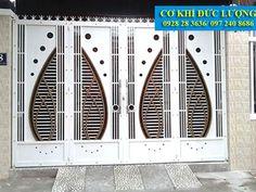 Mẫu cửa cổng sắt sơn tĩnh điện CS1953 Steel Gate Design, Front Gate Design, Main Gate Design, House Gate Design, Gate Designs Modern, Modern Design, Door Design Interior, Front Gates, Grill Design