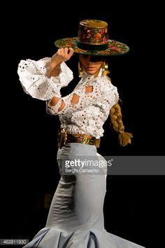 Simof 2015 Costume Flamenco, Flamenco Dancers, Fashion Casual, Boho Fashion, Spain Fashion, 2015 Fashion Trends, Latin Dance Dresses, Mode Boho, Old West