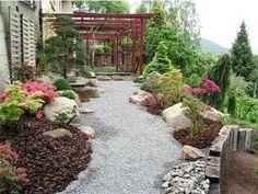 Feng Shui au jardin : créez-vous un environnement zen - Jardines - einrichtungstipps Dry Garden, Summer Garden, Modern Landscaping, Front Yard Landscaping, Farm Gardens, Outdoor Gardens, Jardin Feng Shui, Feng Shui Garden Design, Japanese Garden Design