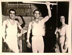 Hot 50's trapeze guys