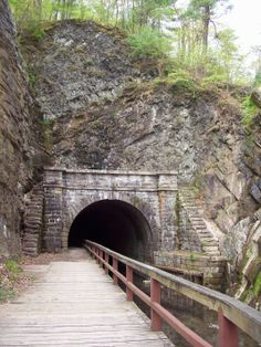 pawpaw tunnel east entance