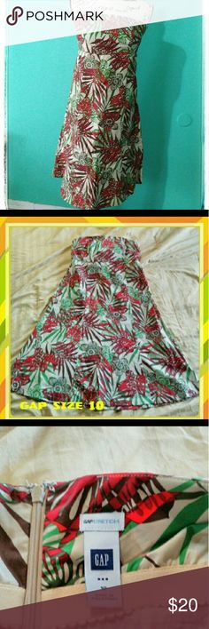 Strapless Summer dress Gap dress stratchy fabric has built in bra, new without tags GAP Dresses Midi