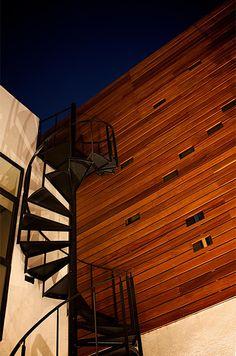 SPA casa esperanza muro de madera