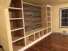 Home Bar Plans, Diy Home Bar, Basement, Beast, Bookcase, House Ideas, Shelves, How To Plan, Tv