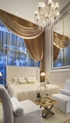 Luxury Bedrooms – Beautiful Gold & Ivory♥…   http://www.wowdecor.top/2017/08/08/luxury-bedrooms-beautiful-gold-ivory/