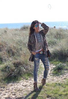 You know what would complete this causal beach look? Some handmade #teysha #boots !