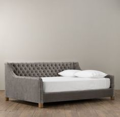 Devyn Tufted Velvet Daybed: STUNNING piece for a tween/teen or guest room. Velvet covered furniture just looks so very rich & luxe.