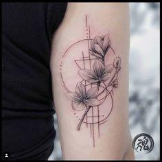 Geometric illustration flower tattoo fine line Uv Tattoo, Bicep Tattoo, Line Art Tattoos, Line Work Tattoo, Dainty Tattoos, Pretty Tattoos, Geometric Sleeve Tattoo, Sleeve Tattoos, Feminine Tattoo Sleeves