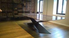 12 kişilik metal masa modelimiz