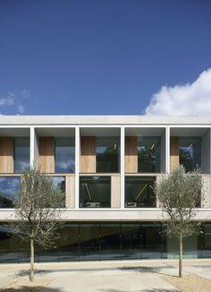 Sainsbury Laboratory, Cambridge, 2011 by Stanton Williams #architecture #laboratory #uk