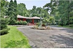 11802 Squires Ln Anchorage, KY 40223  Excellent Value in the Anchorage School District! Truly a Gem!