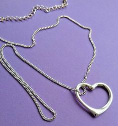 Costume Jewellery Attractive Silver Tone Heart Pendant Chain Necklace   A951 Beaded Necklace, Pendant Necklace, Vintage Silver, Silver Color, Costume Jewelry, Jewellery, Chain, Beads, Detail