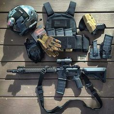 Survival Weapons, Tactical Survival, Weapons Guns, Guns And Ammo, Combat Gear, Combat Knives, Tactical Wear, Weapon Storage, Battle Rifle