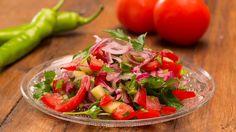 Türkischer Tomatensalat, ein schmackhaftes Rezept mit Bild aus der Kategorie Gemüse. 220 Bewertungen: Ø 4,5. Tags: einfach, fettarm, Gemüse, kalt, Salat, Schnell, Türkei, Vegan, Vegetarisch, Vorspeise