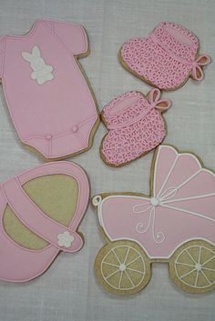 BABY Girl Cookies.  Love the bootie texture using icing loops.