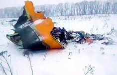 Sebanyak 71 Orang Dikhawatirkan Tewas Akibat Kecelakaan Pesawat Rusia : Pesawat niaga Rusia jatuh di dekat Moskow sesaat setelah lepas landas pada Minggu dan Kremlin menyatakan mengkhawatirkan 71 orang tewas akibat kecelakaan itu. Belum jel