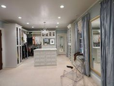 Closet Factory, Luxury Walk-In Closet #Luxurycloset #Closetorganizing Learn more: http://www.closetfactory.com/
