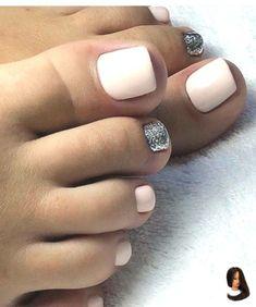 Nail Color 35 Summer Toe Nail Design Ideas For Exceptional Look 2019 35 design ideas for summer nails for an exceptional look 2019 # L Nail Color Trends, Nail Colors, Feet Nails, My Nails, Pretty Toe Nails, Summer Toe Nails, Toe Nail Designs, Cool Nail Art, Christmas Nails