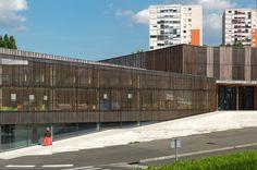 Schulzentrum von Dietmar Feichtinger in Frankreich / Existenzialismus des Lattenzauns - Architektur und Architekten - News / Meldungen / Nachrichten - BauNetz.de