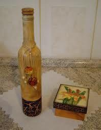 Resultado de imagem para decoupage em garrafão