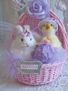 After I grew up, I started giving Mom Easter baskets with fluffy stuffed animals and Easter candy chocolate--something like this one. Easter Egg Crafts, Easter Eggs, Easter Decor, Easter Ideas, Easter Candy, Hoppy Easter, Cute Baby Bunnies, Bunny, Chocolate Rabbit