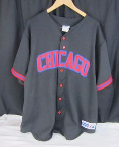 Vintage Majestic CHICAGO Jersey Size XXL Black W  Blue Red Letters MLB Cubs e1a873141