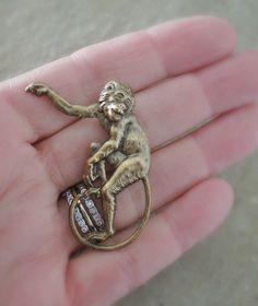 Vintage Brooch  Monkey jewelry  Vintage by chloesvintagejewelry